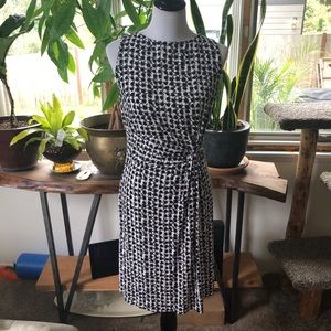 Ann Taylor Black & White Pattern Sleeveless Dress